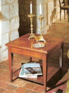 Stoliki klasyczne i stylizowane